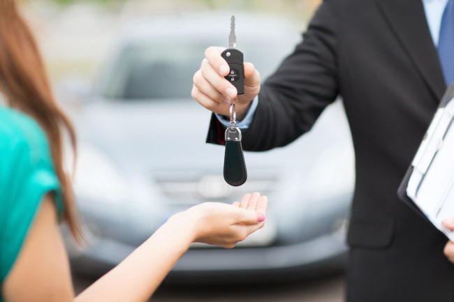 Thuê xe tự lái tphcm không cần hộ khẩu
